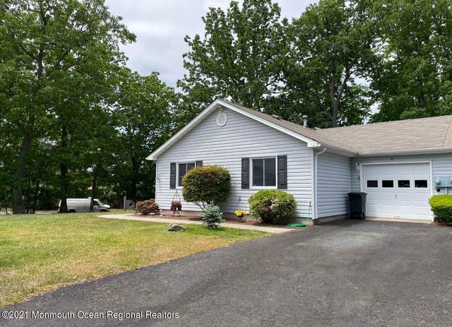 8 Elizabeth Court, Howell, NJ 07731 (#22116941) :: Rowack Real Estate Team
