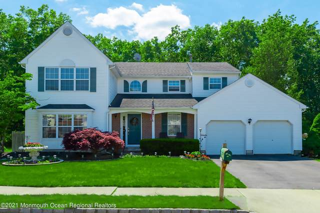 17 Cambridge Drive, Howell, NJ 07731 (MLS #22117047) :: The MEEHAN Group of RE/MAX New Beginnings Realty