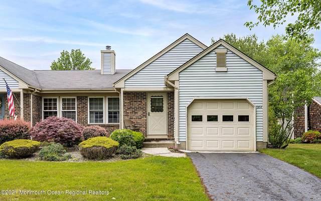 20A Bedfordshire Drive, Monroe, NJ 08831 (MLS #22117323) :: PORTERPLUS REALTY