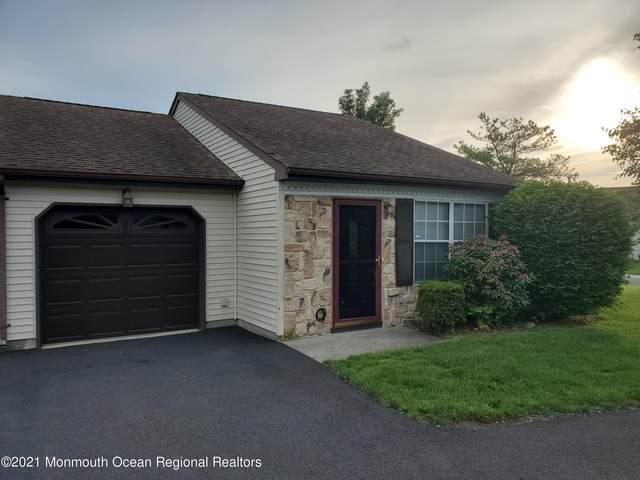 12 Ivy Ridge Close, Freehold, NJ 07728 (MLS #22117326) :: The Sikora Group