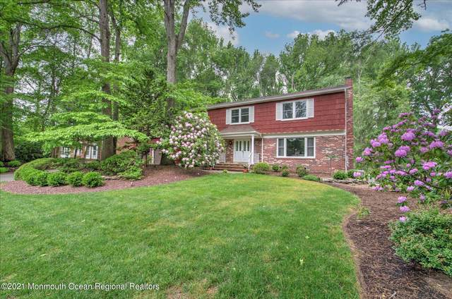 32 Vista Drive, Morganville, NJ 07751 (MLS #22117421) :: The MEEHAN Group of RE/MAX New Beginnings Realty