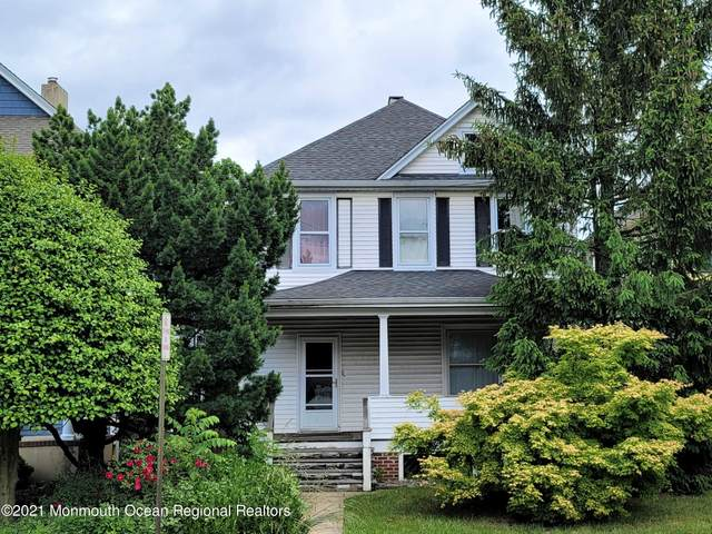 17 Prospect Avenue, Red Bank, NJ 07701 (MLS #22117429) :: The MEEHAN Group of RE/MAX New Beginnings Realty