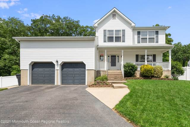 144 Lakeview Court, Toms River, NJ 08753 (MLS #22117464) :: The MEEHAN Group of RE/MAX New Beginnings Realty