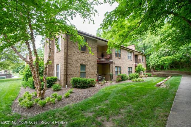 1217 Wellington Place, Aberdeen, NJ 07747 (MLS #22117731) :: Caitlyn Mulligan with RE/MAX Revolution