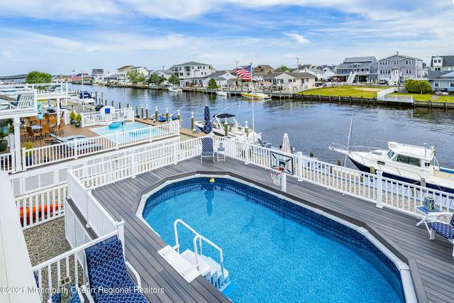 7 Anchor Square, Toms River, NJ 08753 (MLS #22117782) :: The CG Group | RE/MAX Revolution