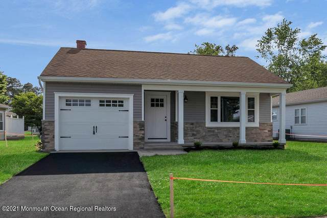 12 Manitoba Court, Toms River, NJ 08757 (MLS #22117796) :: The DeMoro Realty Group | Keller Williams Realty West Monmouth