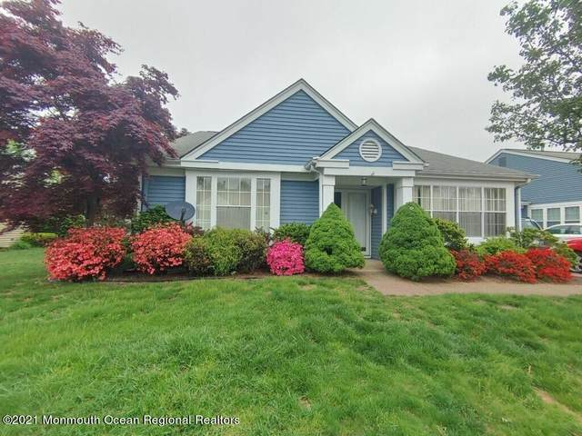 1086A Canterbury Drive, Manchester, NJ 08759 (MLS #22117860) :: Caitlyn Mulligan with RE/MAX Revolution