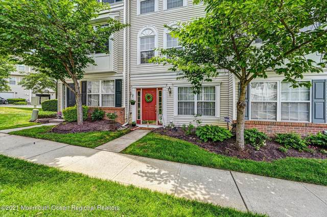 65 Giera Court #55, Parlin, NJ 08859 (MLS #22117929) :: The MEEHAN Group of RE/MAX New Beginnings Realty