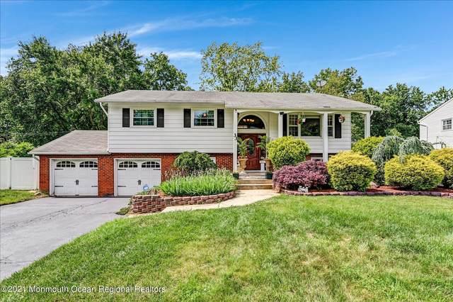 33 Willow Grove Way, Manalapan, NJ 07726 (MLS #22117942) :: Kiliszek Real Estate Experts