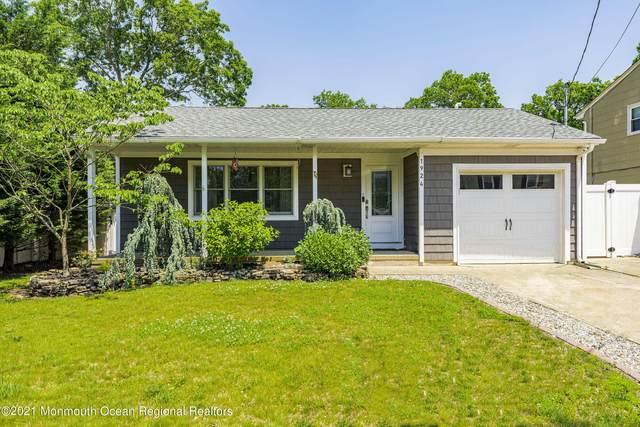 1924 Ravenwood Drive, Toms River, NJ 08753 (MLS #22118031) :: Corcoran Baer & McIntosh