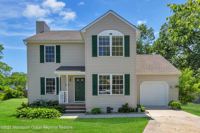 127 Holly Court, Little Egg Harbor, NJ 08087 (MLS #22118063) :: The MEEHAN Group of RE/MAX New Beginnings Realty