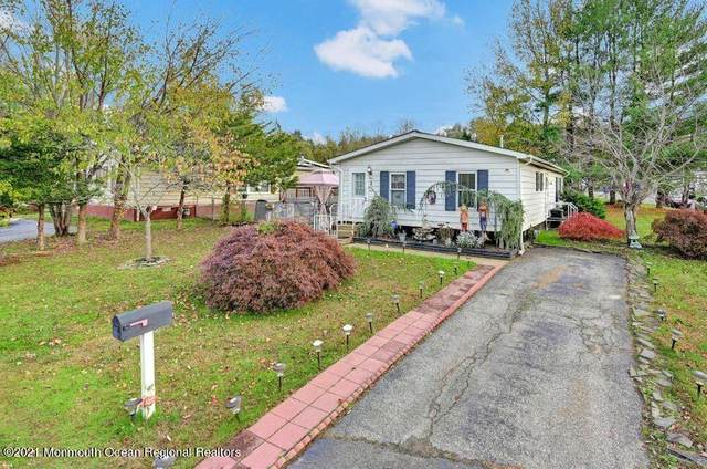1 Fallow Drive, Manalapan, NJ 07726 (#22118171) :: Rowack Real Estate Team