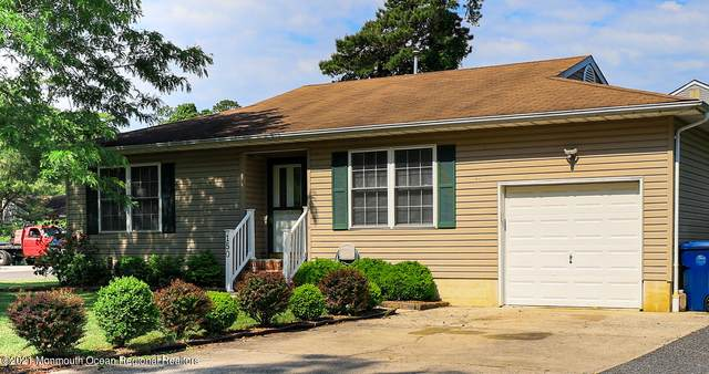 150 Middle Holly Lane, Little Egg Harbor, NJ 08087 (MLS #22118287) :: The MEEHAN Group of RE/MAX New Beginnings Realty