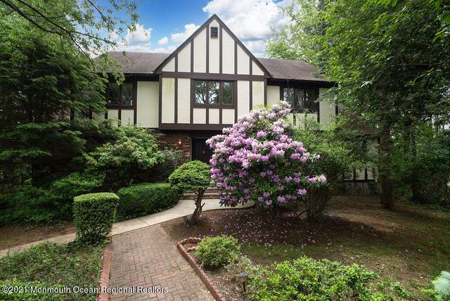 7 Emory Place, Holmdel, NJ 07733 (MLS #22118298) :: The MEEHAN Group of RE/MAX New Beginnings Realty