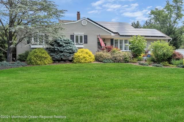 12 Homestead Place, Holmdel, NJ 07733 (MLS #22118335) :: The MEEHAN Group of RE/MAX New Beginnings Realty