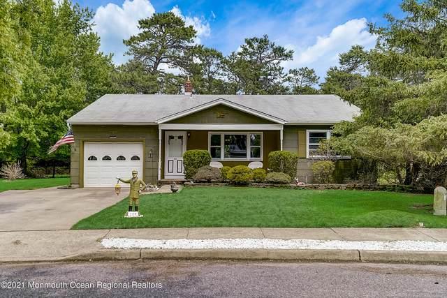122 Castleton Drive, Toms River, NJ 08757 (#22118365) :: Rowack Real Estate Team