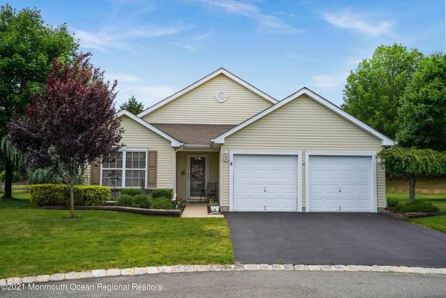 4 Springer Court, Whiting, NJ 08759 (MLS #22118427) :: Kiliszek Real Estate Experts