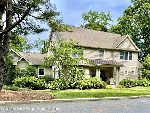 29 Crest Drive, Little Silver, NJ 07739 (MLS #22118482) :: The MEEHAN Group of RE/MAX New Beginnings Realty