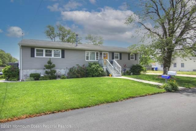 565 George Road, Toms River, NJ 08753 (MLS #22118540) :: The MEEHAN Group of RE/MAX New Beginnings Realty