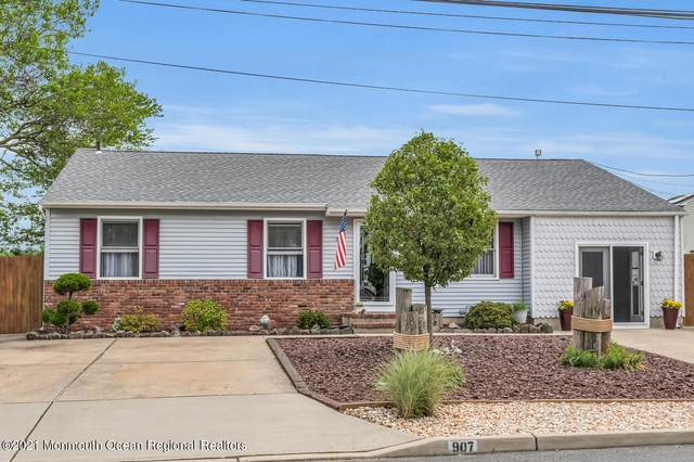 907 7th Street, Union Beach, NJ 07735 (#22118545) :: Daunno Realty Services, LLC