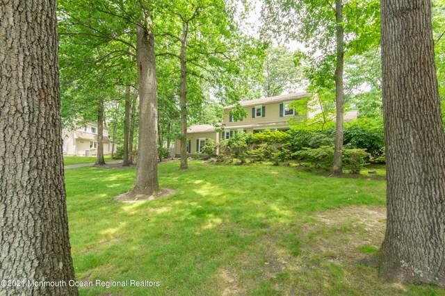 5 Yorktown Road, East Brunswick, NJ 08816 (MLS #22118692) :: Kiliszek Real Estate Experts