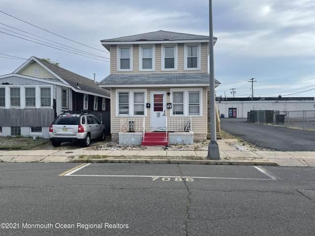 120 Webster Avenue, Seaside Heights, NJ 08751 (MLS #22118712) :: The MEEHAN Group of RE/MAX New Beginnings Realty
