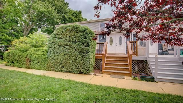 52B Lasatta Avenue B, Englishtown, NJ 07726 (MLS #22118762) :: The Sikora Group