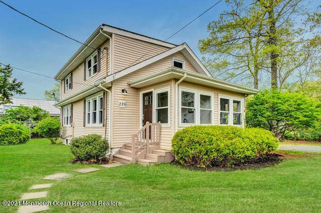226 Davis Avenue, Forked River, NJ 08731 (MLS #22118831) :: The MEEHAN Group of RE/MAX New Beginnings Realty