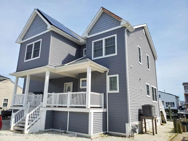 388 Morris Boulevard, Stafford, NJ 08050 (MLS #22118874) :: The MEEHAN Group of RE/MAX New Beginnings Realty
