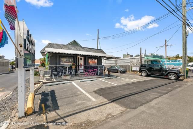8010 Long Beach Boulevard, Harvey Cedars, NJ 08008 (MLS #22118970) :: The MEEHAN Group of RE/MAX New Beginnings Realty