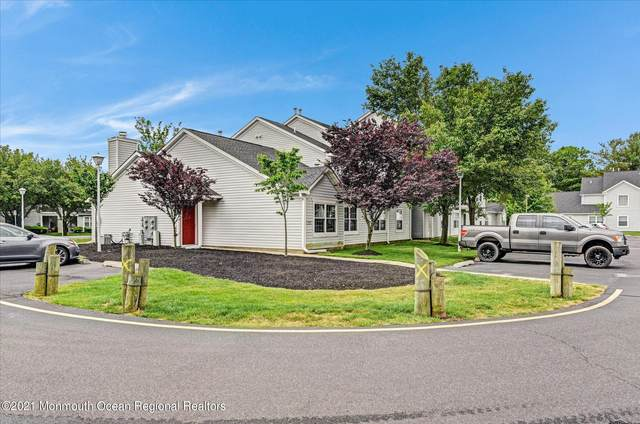 1113 Waters Edge Drive, Toms River, NJ 08753 (MLS #22118992) :: Caitlyn Mulligan with RE/MAX Revolution