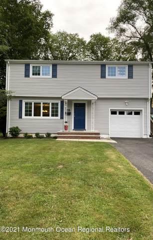 135 Trafford Street, Shrewsbury Boro, NJ 07702 (MLS #22118993) :: The Dekanski Home Selling Team
