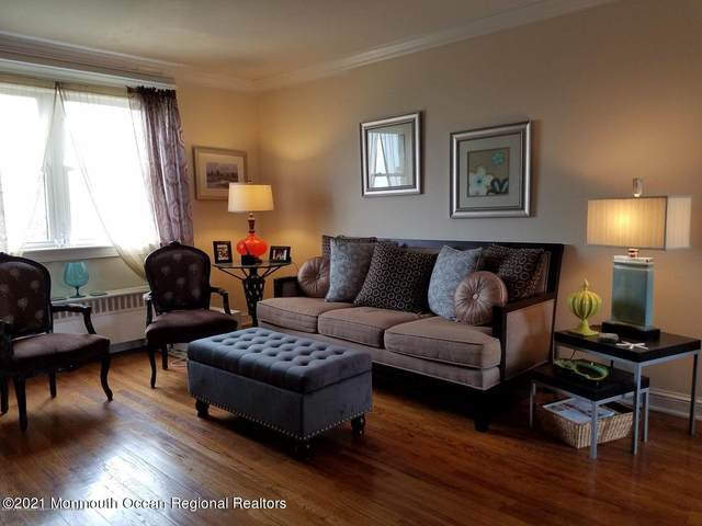 302 Deal Lake Drive #25, Asbury Park, NJ 07712 (MLS #22119042) :: The MEEHAN Group of RE/MAX New Beginnings Realty