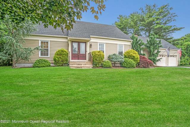 1990 Novins Drive, Toms River, NJ 08753 (MLS #22119058) :: The MEEHAN Group of RE/MAX New Beginnings Realty