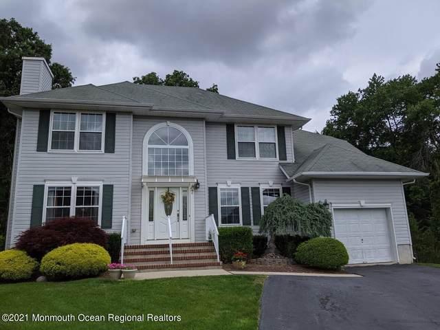 47 Heritage Drive, Englishtown, NJ 07726 (MLS #22119129) :: The Dekanski Home Selling Team