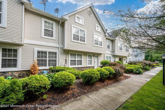15 Forrest Court, Tinton Falls, NJ 07753 (MLS #22119246) :: The MEEHAN Group of RE/MAX New Beginnings Realty