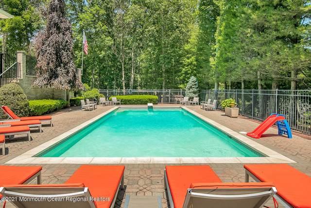 10 Nolan Court, Middletown, NJ 07748 (MLS #22119295) :: The Dekanski Home Selling Team