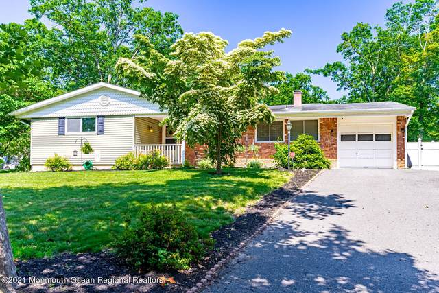 972 Fairview Drive, Toms River, NJ 08753 (MLS #22119396) :: The MEEHAN Group of RE/MAX New Beginnings Realty