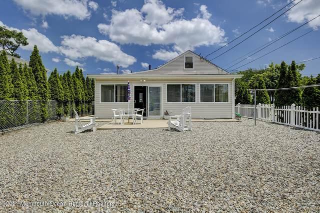 416 Monmouth Avenue, Ocean Gate, NJ 08740 (MLS #22119401) :: The MEEHAN Group of RE/MAX New Beginnings Realty