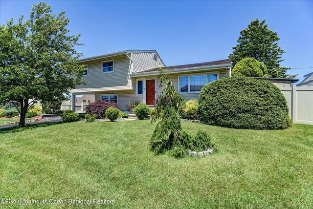 37 Woodshore E, Keyport, NJ 07735 (MLS #22119567) :: The MEEHAN Group of RE/MAX New Beginnings Realty