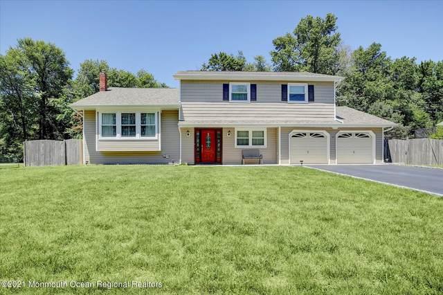 10 Longfellow Terrace, Morganville, NJ 07751 (MLS #22119580) :: Corcoran Baer & McIntosh