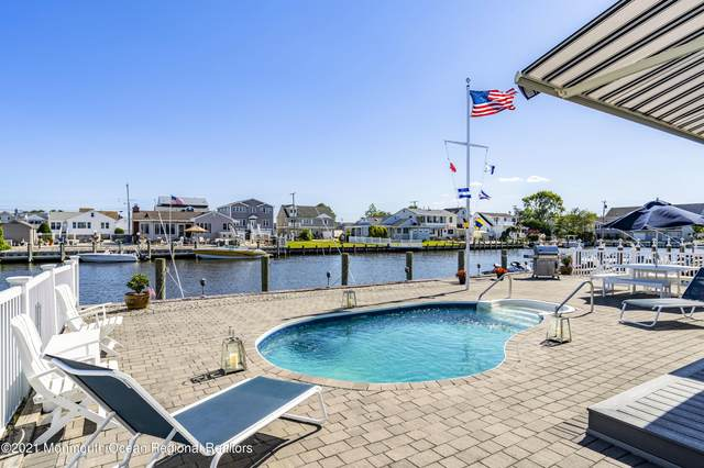 11 Anchor Square, Toms River, NJ 08753 (MLS #22119919) :: The Streetlight Team at Formula Realty