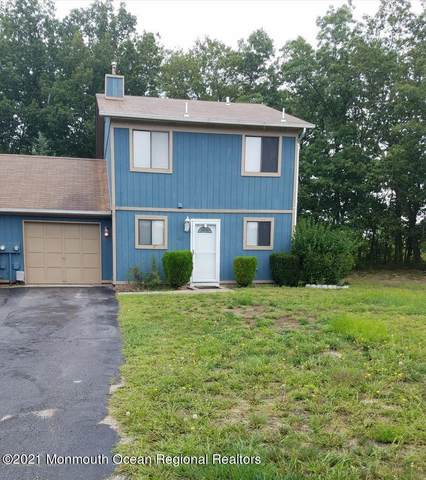 12 Seagull Lane, Howell, NJ 07731 (MLS #22120321) :: The MEEHAN Group of RE/MAX New Beginnings Realty