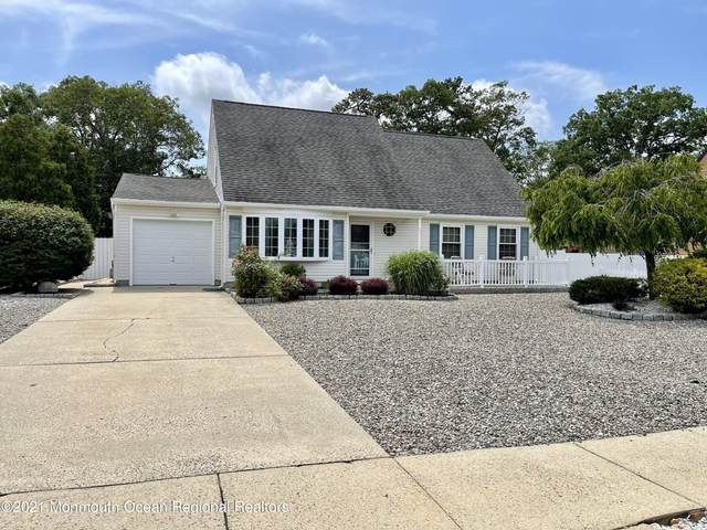 752 Michigan Avenue, Toms River, NJ 08753 (MLS #22120359) :: The MEEHAN Group of RE/MAX New Beginnings Realty