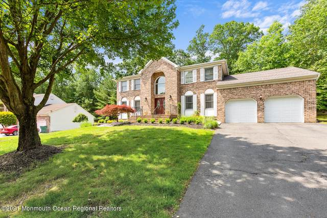 30 Crest Drive, Englishtown, NJ 07726 (MLS #22120927) :: The MEEHAN Group of RE/MAX New Beginnings Realty
