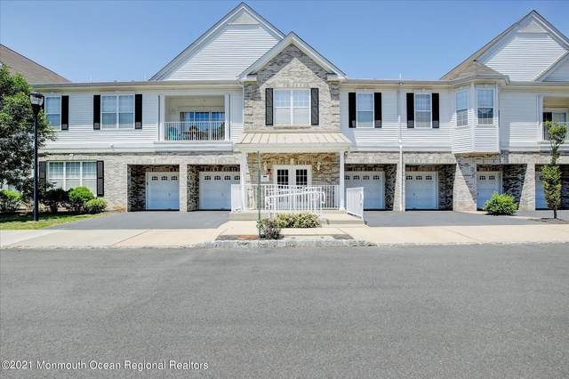 109 Magna Carta Drive, Morganville, NJ 07751 (MLS #22121354) :: The MEEHAN Group of RE/MAX New Beginnings Realty