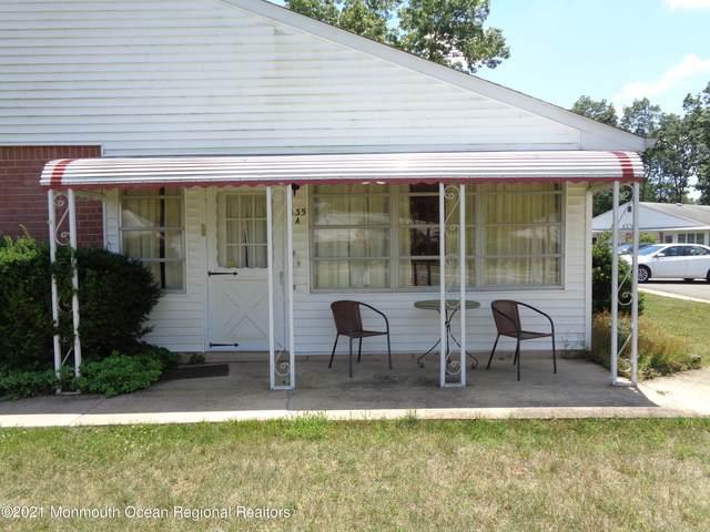 135 A Azalea Drive, Whiting, NJ 08759 (MLS #22121365) :: Kiliszek Real Estate Experts