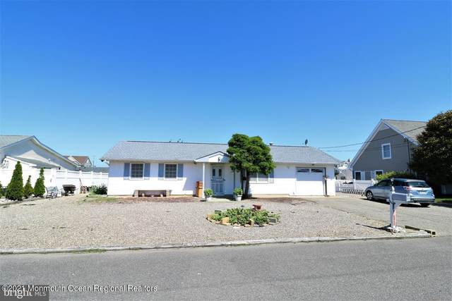 808 Wave Drive, Forked River, NJ 08731 (MLS #22121370) :: The Streetlight Team at Formula Realty