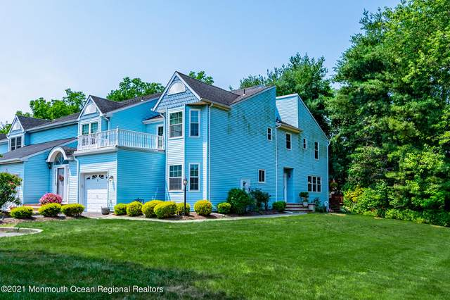 9 Colonial Square, Middletown, NJ 07748 (MLS #22121449) :: The Sikora Group