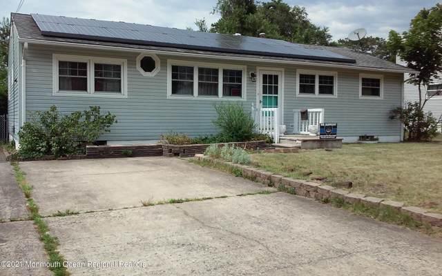 10 Hummel Drive, South Toms River, NJ 08757 (MLS #22121495) :: The Dekanski Home Selling Team